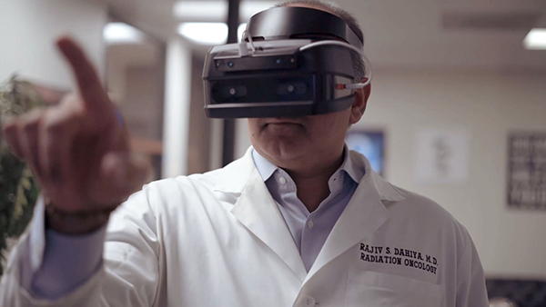 Doctor using the Qualcomm Snapdragon 835 VR development kit